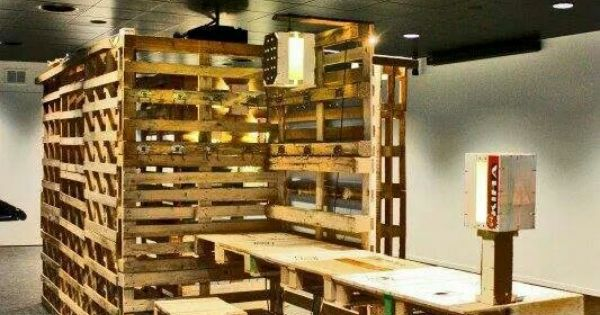 comptoir de magasin en palette banque d 39 accueil pinterest. Black Bedroom Furniture Sets. Home Design Ideas
