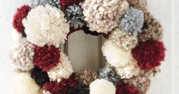 how to make a crochet wreath