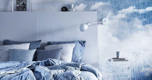 Slaapkamer Behang 2016 : Blauwe slaapkamer met wolken behang Blue ...