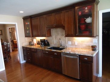 Cognac Cabinet Design Ideas Pictures Remodel And Decor Tuscan Kitchen Tuscan Decorating Kitchen Traditional Kitchen Design