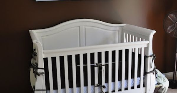 Baby boy nursery colors and wall art