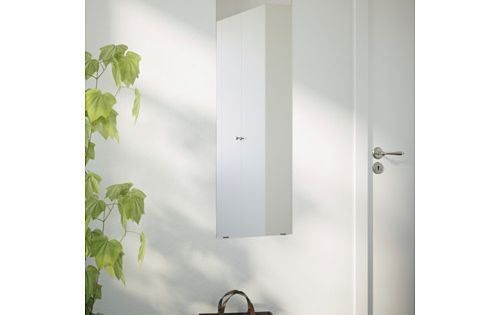 Minde pocket doors mirror walls and entryway for Ikea minde mirror