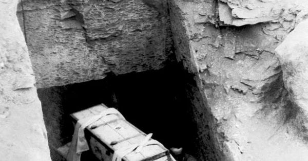 The Curse Of King Tuts Tomb Torrent: Today In History--1923 Archaeologist Opens Tomb Of King