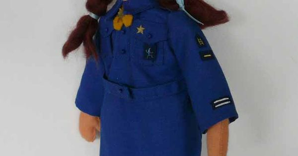 Uniforms - Irish Girl Guides