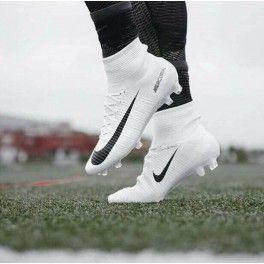 Resultado De Imagen Para Tachones Nike Botin Blancos Zapatos De Fútbol Messi Tacos De Futbol Nike Zapatos De Fútbol Nike