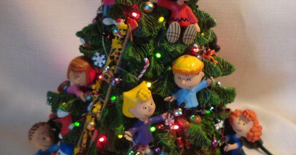 Danbury Mint Light Up The Peanuts Christmas Tree