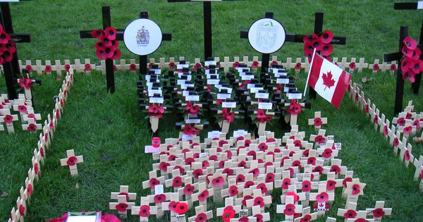 remembrance day canada photos