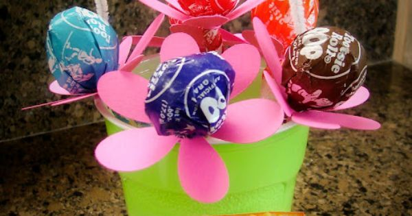 May Day baskets ...or another easy and cute idea for Mother's Day