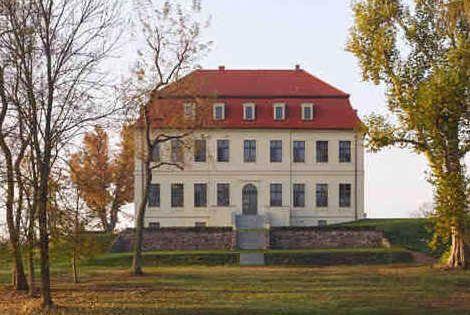 Gutshof Fredenwalde I Ferienwohnungen In Der Uckermark Gutshof Fredenwalde Gutshof Ferienhaus Ferien
