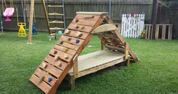 pallet climbing structure outdoores pinterest flats un and