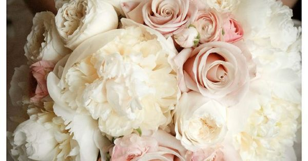 This bouquet is right up my alley, peonies, roses and ranunculas, all in soft ballet slipper pinks and whitesa?�sigh. Arena??t they beautiful?!