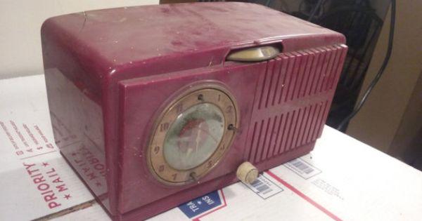 vtg 1951 general electric red alarm clock by vintageradiosonline vintage radios for sale. Black Bedroom Furniture Sets. Home Design Ideas