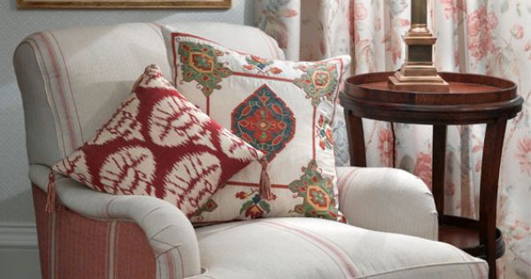 Room Decor With Vintage Cabbage Rose Carpet