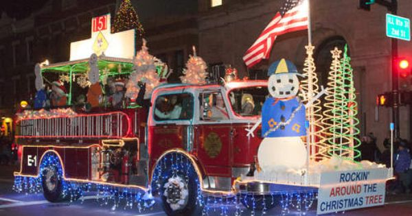 Girl Scout Christmas Parade Floats Scout Pack 151 On A