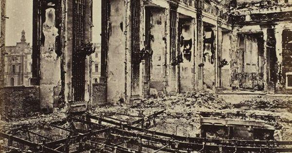 Palais des tuileries incendi int rieur de la salle de la for La paix interieur