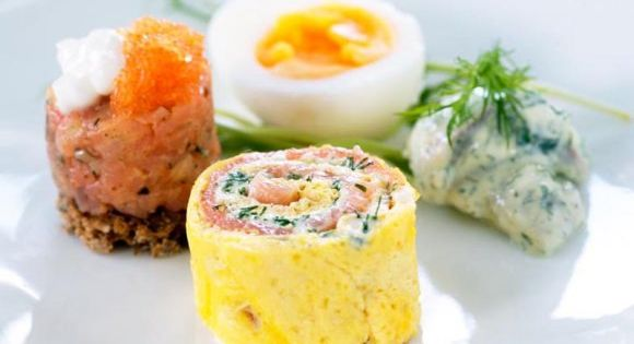 Egg rolls with salmon | Food | Pinterest | Egg Rolls, Salmon and Eggs