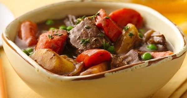 Slow Cooker Caramelized Onion Beef Stew - Cook sweet onions to caramelized