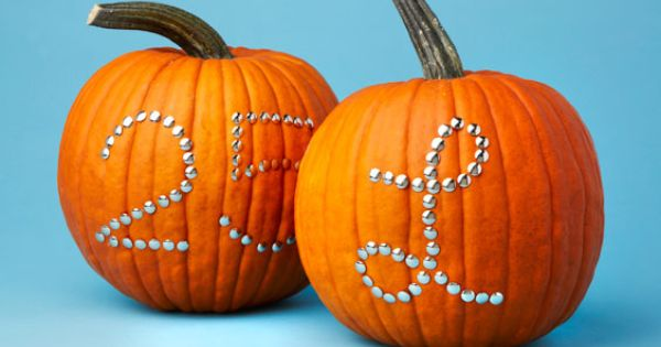 Pumpkins decorated with tacks! 10 no carve ideas for decorating pumpkins
