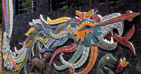 Mural de quetzalc atl en la exekatlkalli casa de los for Mural quetzalcoatl