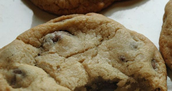I finally found the Best Chocolate Chip Cookie Recipe EVER. (Even after