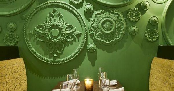 tolle wandgestaltung wohnideen wandfarben gr n klassisch. Black Bedroom Furniture Sets. Home Design Ideas