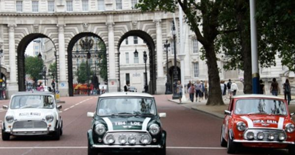 One Hour 89 Or Two Hour 159 Tour Of London For Groups Of Three People With Smallcarbigcity Mini Cooper Car Tour Mini Tour