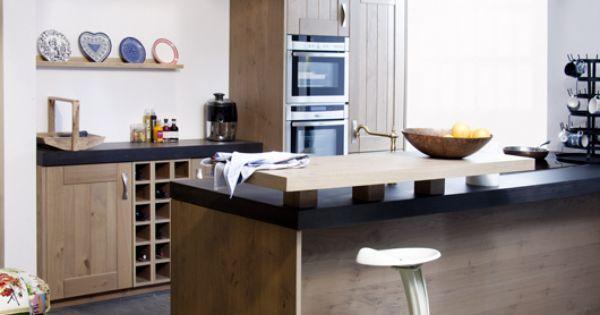 Een landelijke keuken stoer robuust en recht door zee kitchen pinterest bar doors and van - Redo keuken houten ...