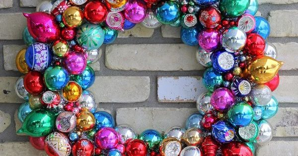 DIY Christmas Ornament Wreath. DIY Christmas ChristmasWreath