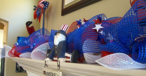 4th of July Mantle Decor with deco mesh