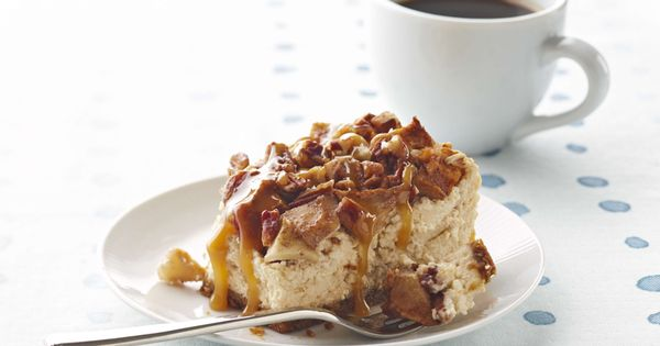 Apple-Pecan Cheesecake. | We Heart Cheesecake | Pinterest | Pecan