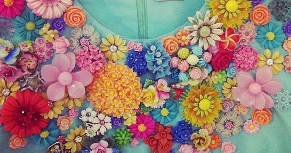 Could totally do this with my vintage flower pin collection but man