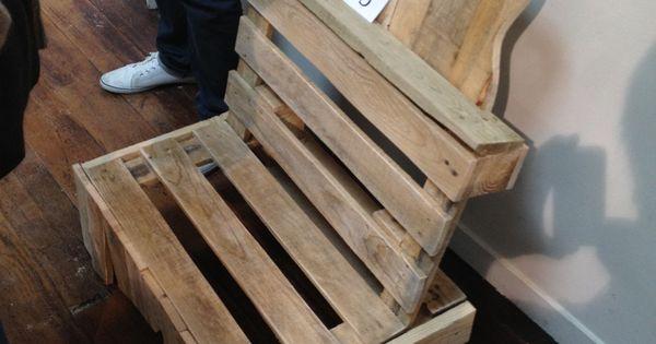 un fauteuil pour jeunes princes et princesses des bricoleurs la cartonnerie pinterest. Black Bedroom Furniture Sets. Home Design Ideas