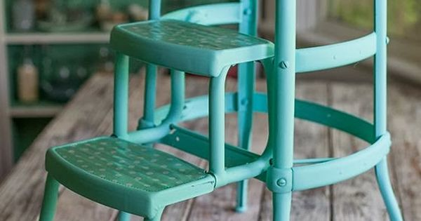 Vintage metal step stool spray painted in aqua i 39 ll take two please love this color teal Teal spray paint for metal