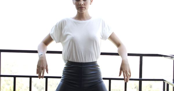 Lauren Cohan See Through 14 Photos  Lauren Cohan-3180