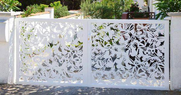 15 id es de portails battants modernes portail papillon cr dit photo france r sille j. Black Bedroom Furniture Sets. Home Design Ideas