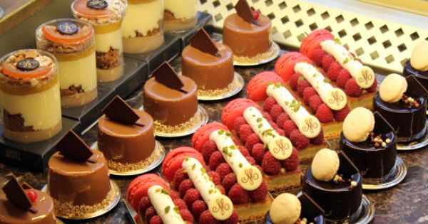 Chocolate Macaroons Cake Bon Appetit