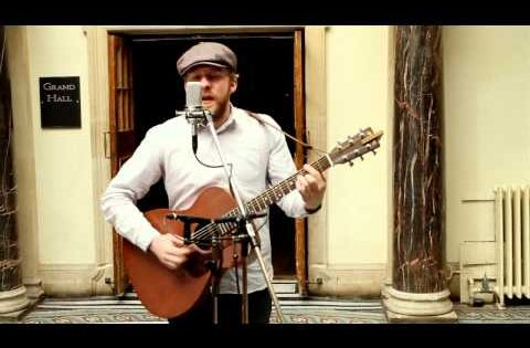 Alex Clare - Too Close (Live Unplugged) His voice is the kind