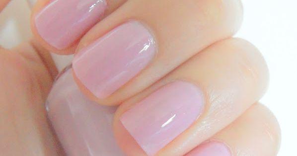 nail colour Essie- Neo Whimsical. So beautiful!