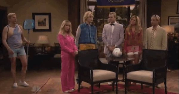 And Bradley Cooper Joined The Soap As The Pool Boy Bradley Cooper Pool Boy Snl