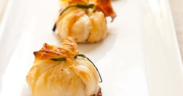 Goat Cheese Phyllo Purses Recipe, I had an amazing version of this