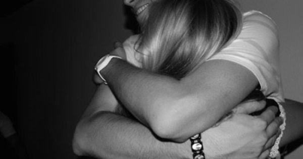 Αποτέλεσμα εικόνας για boyfriend hug