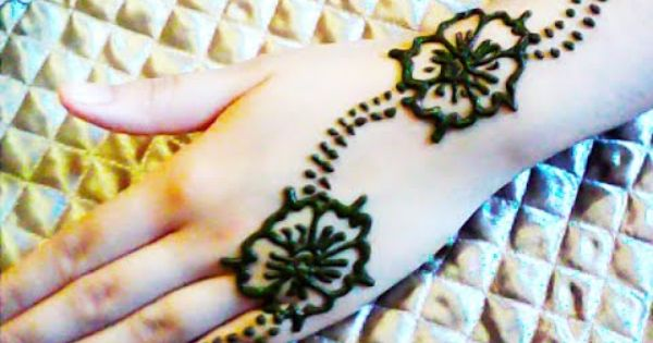 كيفية نقش الحناء سهل و بسيط How To Make Henna Designs Simple Mehndi Designs Mehndi Designs For Hands Mehndi Designs