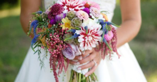 Multicolor wedding bouquet: http://www.stylemepretty.com/2013/12/19/russell-crossroads-wedding/ | Photography: Simple Color - http://simple-color.com/