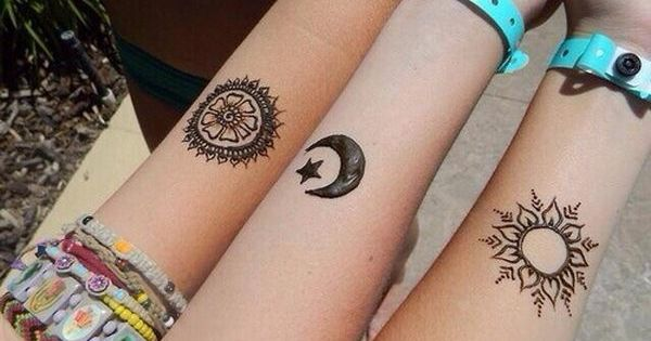 40 Creative Best Friend Tattoos. Inspirational for BFF henna tattoos.
