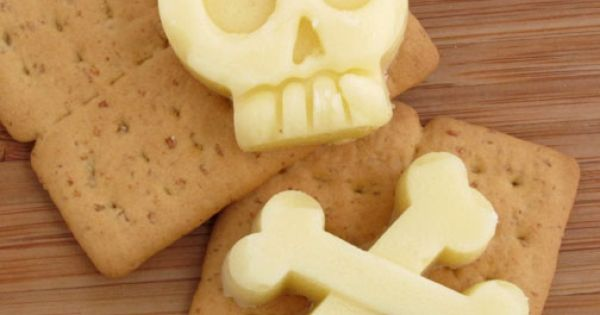 Skull & Crossbones Mozzarella Cheese using silicone molds - halloween party food