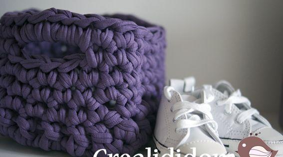 petit panier carr trapilho tuto trapilho zpagetti pinterest ranger tricot et crochet. Black Bedroom Furniture Sets. Home Design Ideas