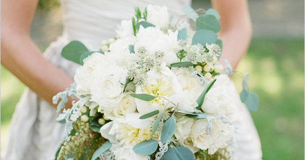 Classically Beautiful Montecito Wedding photographed by Pat Moyer Photography at the Birnam Wood Golf Club.