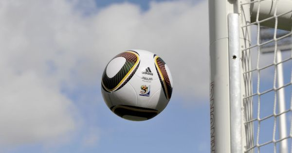 Nogometna Srijeda 16 00 Ruski Kup 1 2 Finale Amkar Zenit 17 45 Turski Kup 1 2finale Rize Galatasaray 18 30 Ruski Ku Football Ball Football Goals
