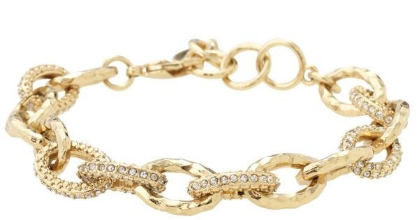 The Christina Link Chain Bracelet is a great accessory that can be