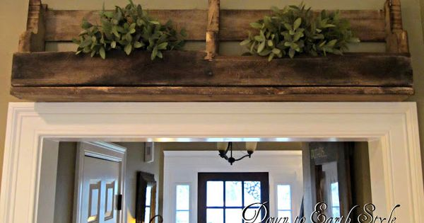 primitive decorating ideas with old wooden pallets | Down to Earth Style: